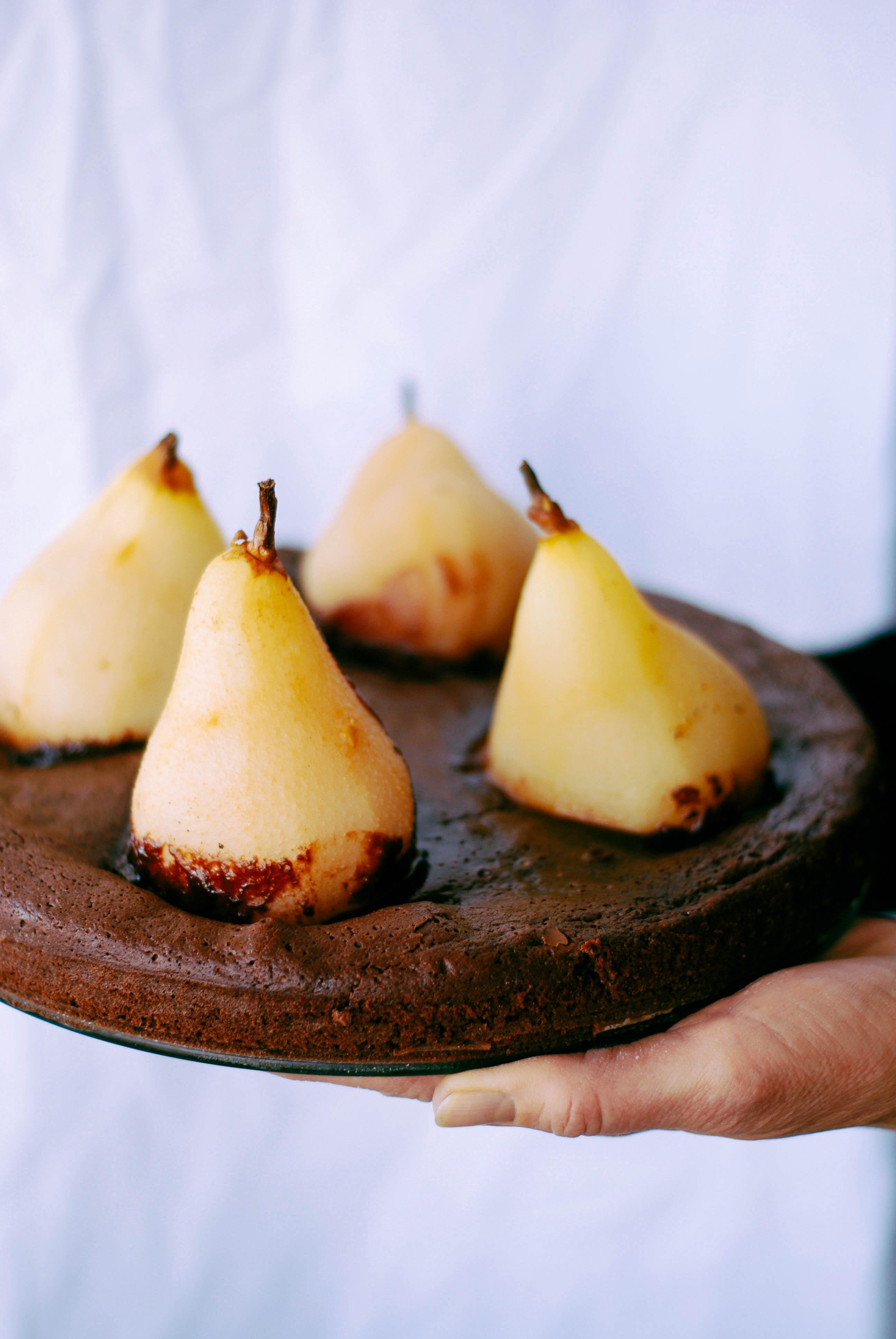 Fondant au chocolat poires poch es aux pices meg cook - Fondant au chocolat 2 oeufs ...