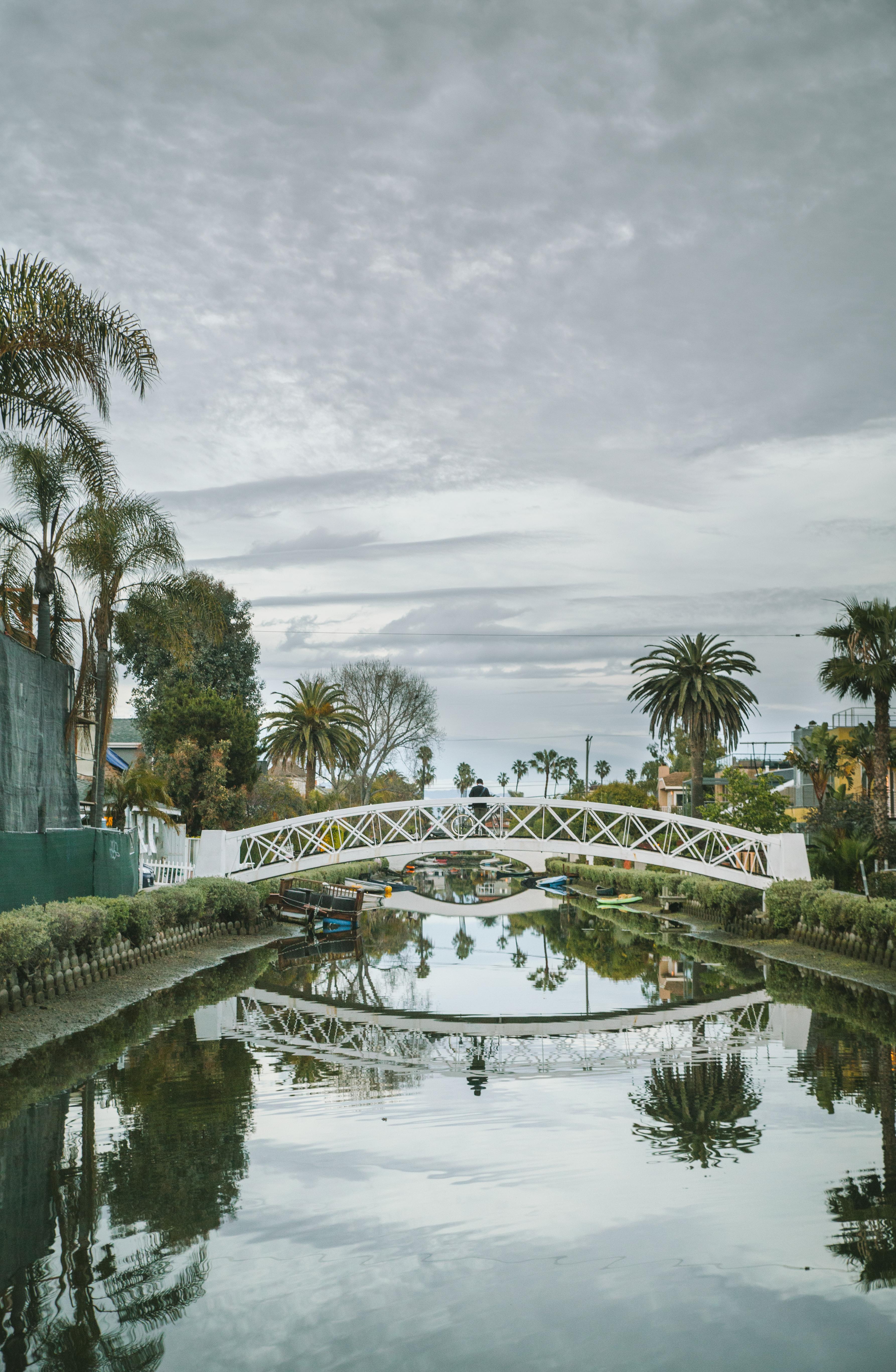 Mégane Arderighi - Canal Venice Beach Los Angeles