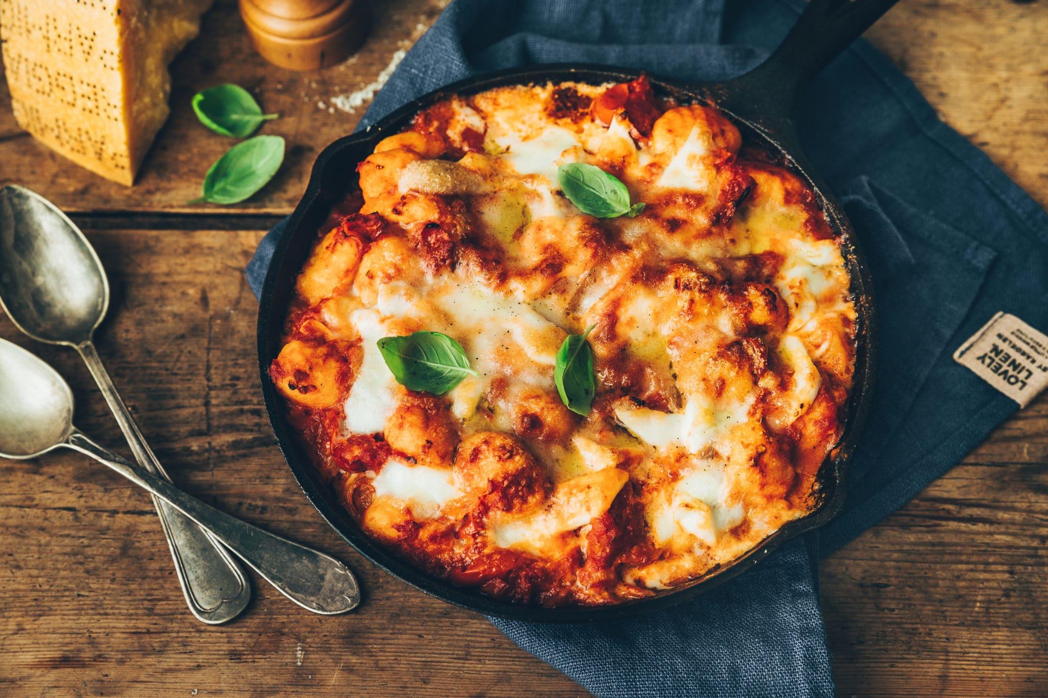 Gratin de gnocchis, sauce tomates et mozzarella