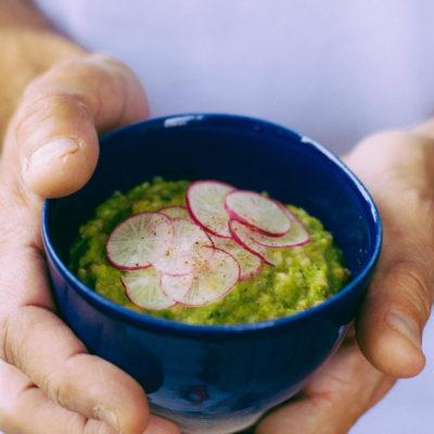 Porridge salé petit pois, chèvre & estragon