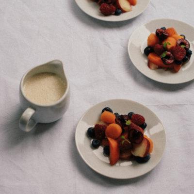 Salade de fruits & coulis d'amandes