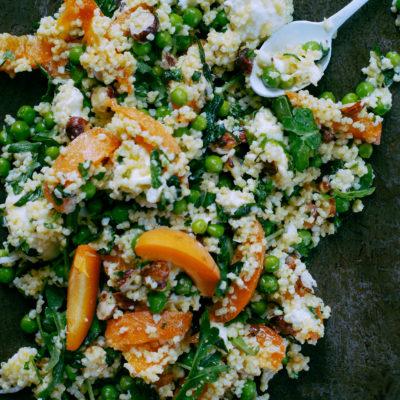 Salade de millet, petits pois, mozzarella & abricots
