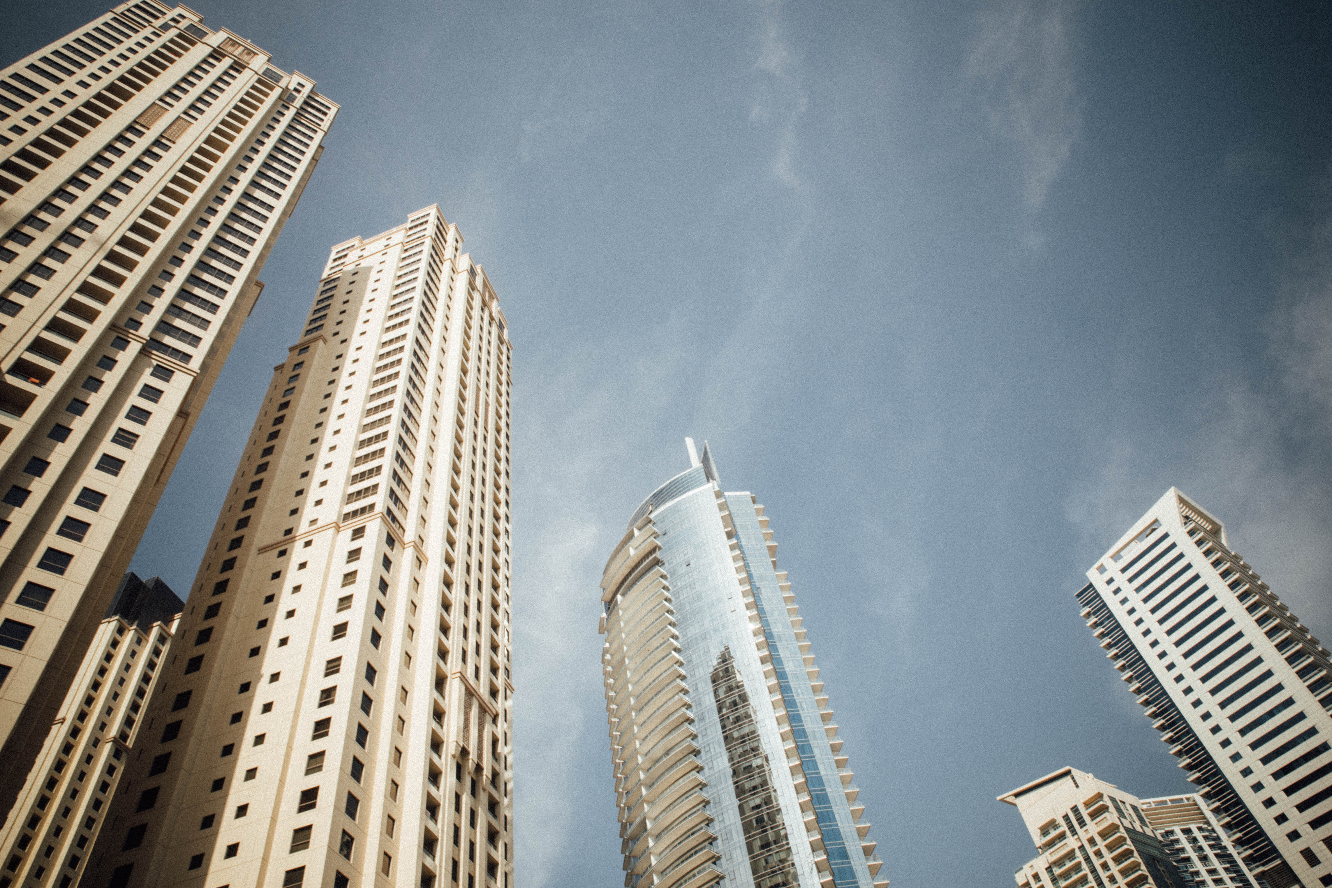 megandcook-emirates-meg-9-1-sur-1