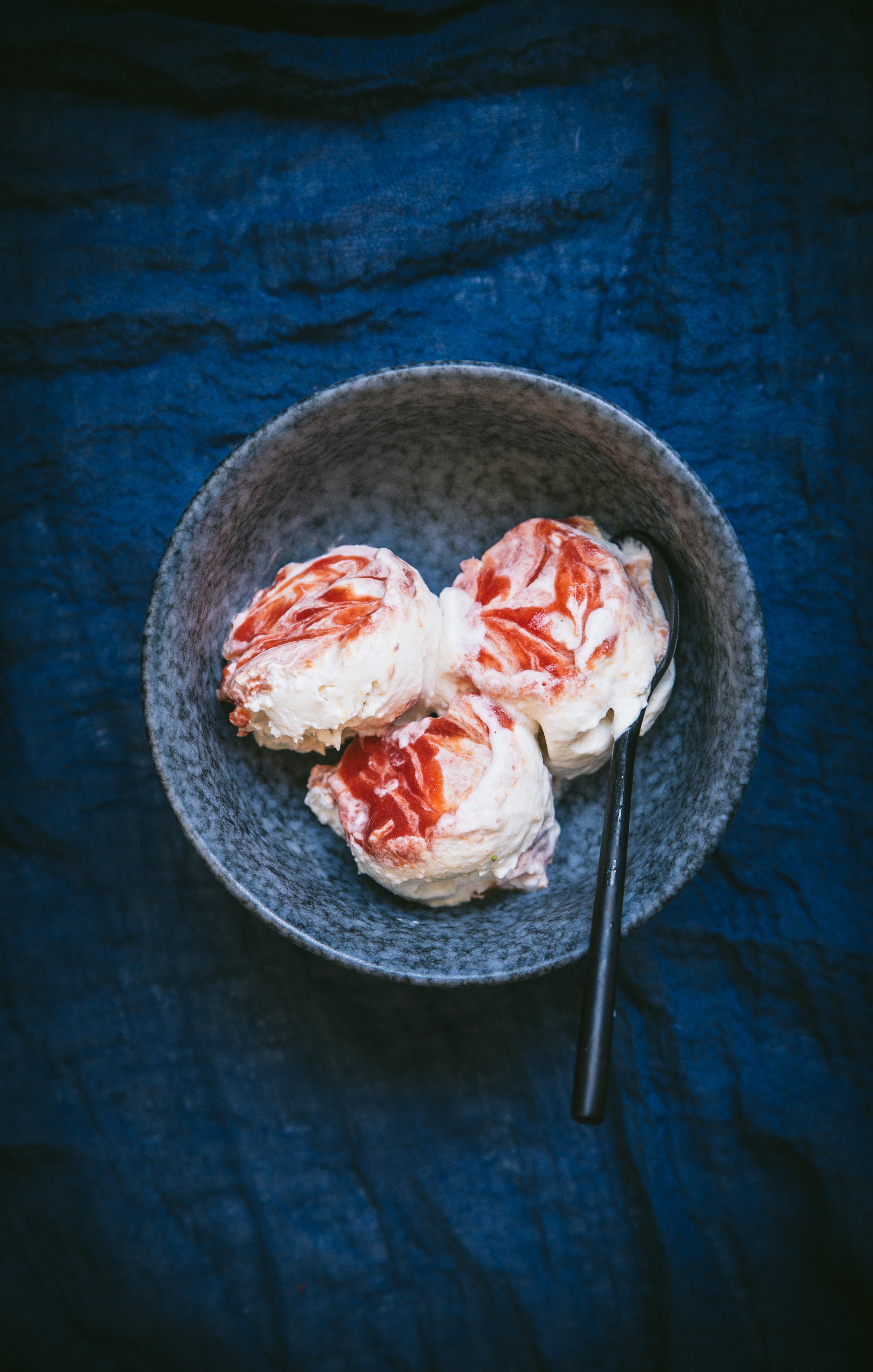 Glace noix de coco pêche - Mégane Ardérighi