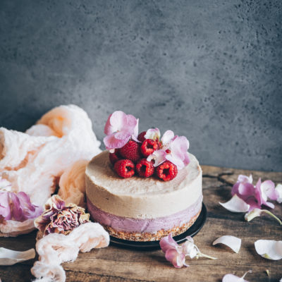 Gâteau cru aux noix de cajou et sirop de thé