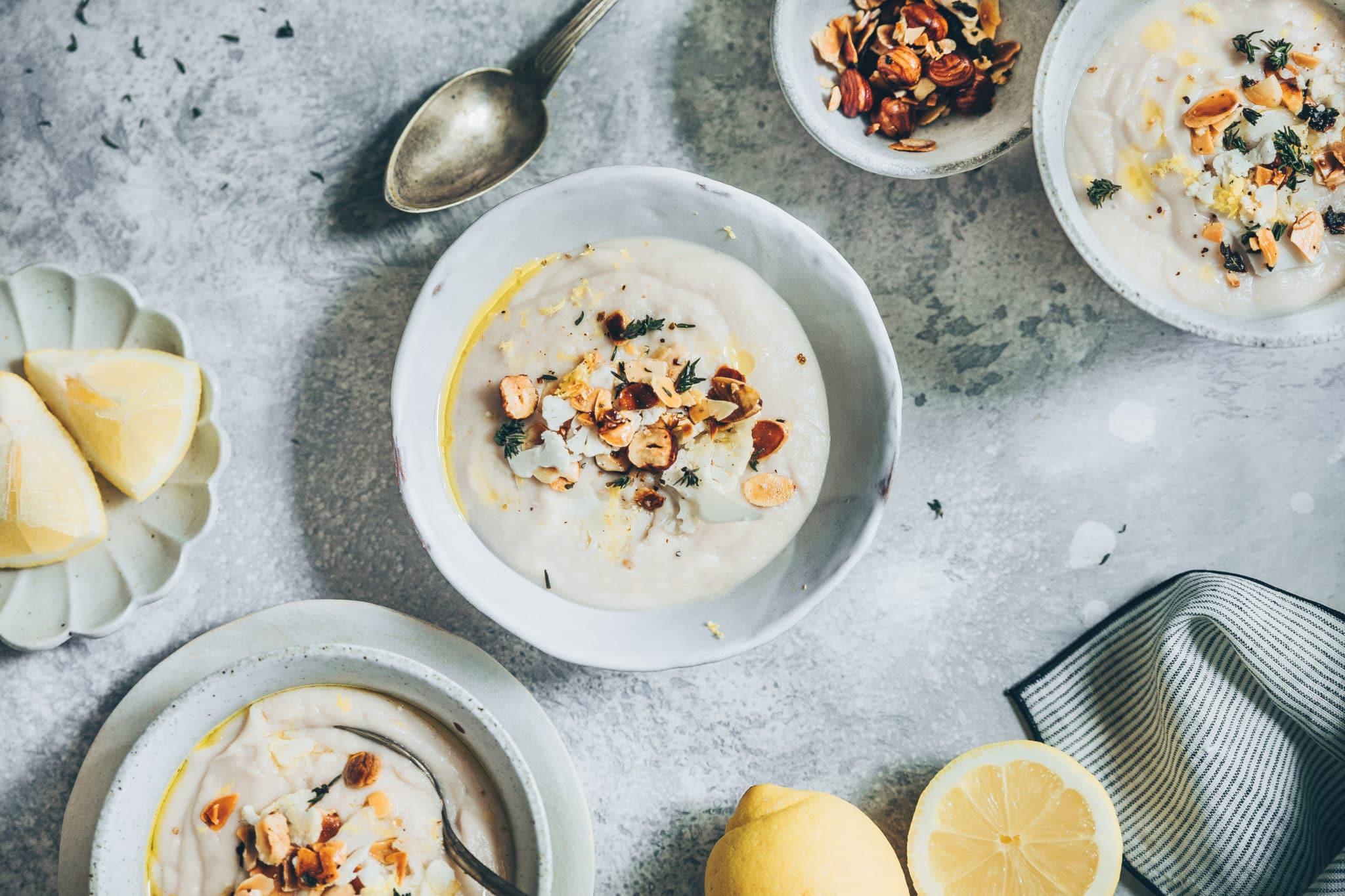 Velouté de chou-fleur au lait de coco et citron