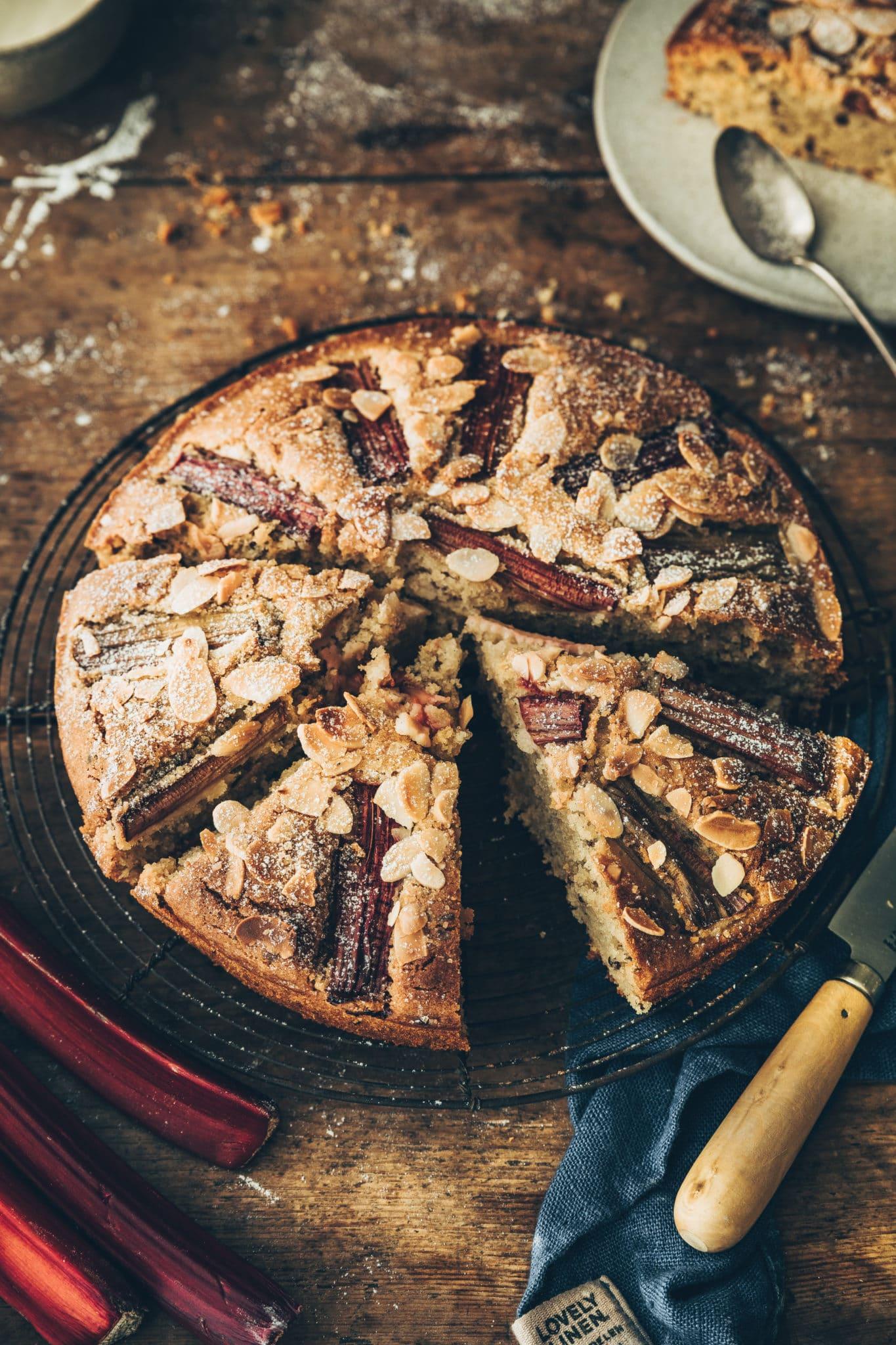 Gâteau amandes et rhubarbe - megandcook Mégane Ardérighi
